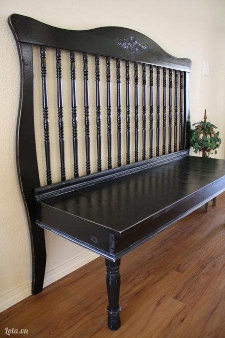 Đợi cho sơn khô xong thì bạn sẽ có một chiếc ghế hoàn chỉnh và đẹp như thế này đây