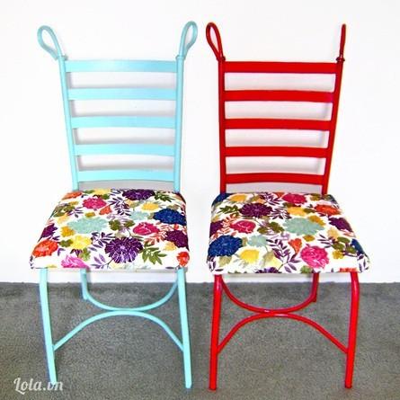 Thay mới chiếc ghế cũ
