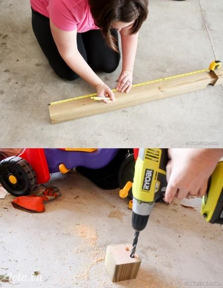 Đo và cắt khúc gỗ ra thành hình vuông, kích thước 4x4 inch. Dùng máy khoan xuống tầm 3/4 khúc gỗ