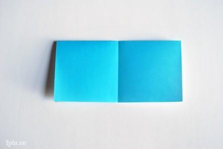 Mở giấy ra