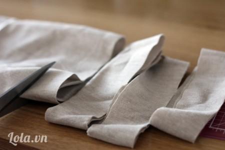 Vải cắt ra một đoạn dài có kích thước chiều ngang 1\