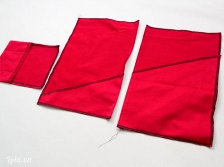 May dính các miếng vải lại với nhau