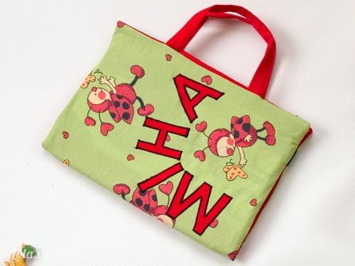 Túi xách đi học cho bé