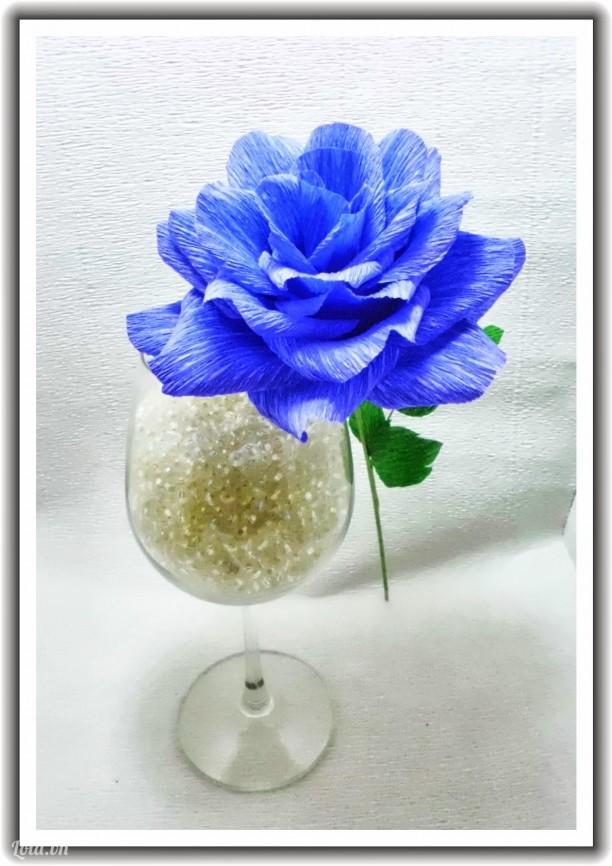 Hoa Hồng giấy Crepe mầu xanh tím