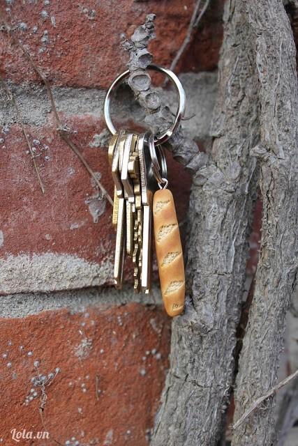 Móc khóa bánh mì mini