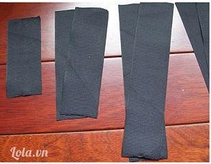 Cắt các miếng vải lớn nhỏ khác nhau như sau