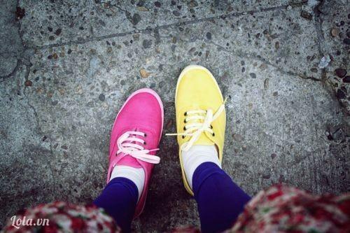F5 giày thể dục cũ theo phong cách màu mè