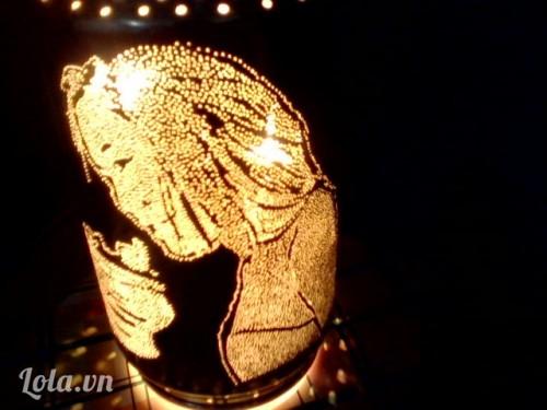 Làm đèn lon tự xoay