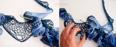 Bạn lại móc lại từ đầu dải len vừa móc nhưng móc đồng thời dải len này với phần len mới chưa hề móc. Đặt trùng hai mép của 2 dải len vào nhau và tiến hành móc như bước 1. Khéo léo hơn bạn có thể móc lấy mũi len từ dải len mới luồn qua dải len đã móc, các mũi cũng cách nhau 1 ô lưới. Làm như vậy bạn sẽ có 2 lớp bèo to nhỏ xen lẫn nhau, tôn nhau lên rất đẹp.