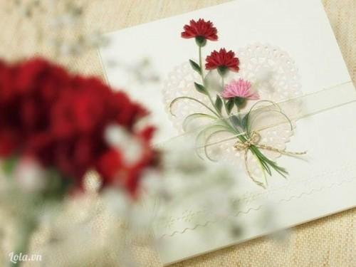 Tự chế hộp quà kiêm tranh hoa cẩm chướng tuyệt đẹp