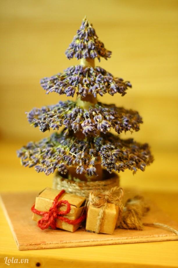 Cây thông lavender handmade