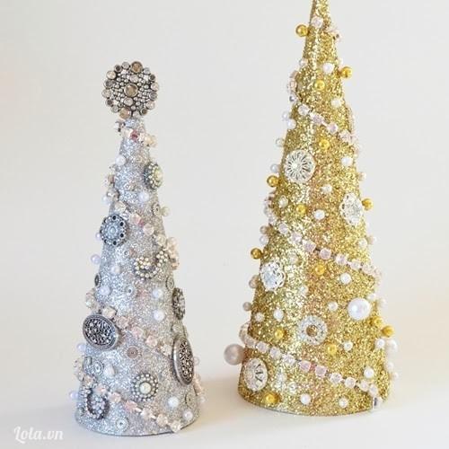 Cây thông Giáng sinh lấp lánh