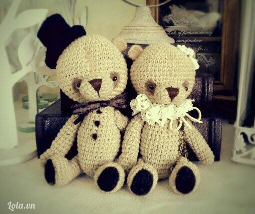 Cặp đôi gấu móc len