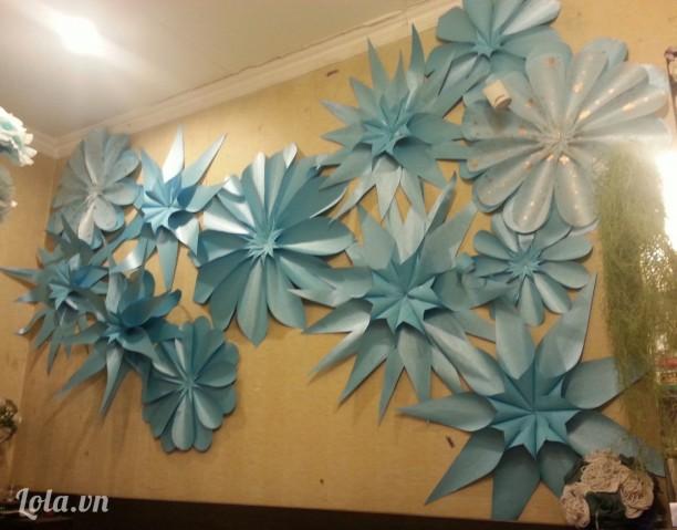 Tường Hoa Giấy