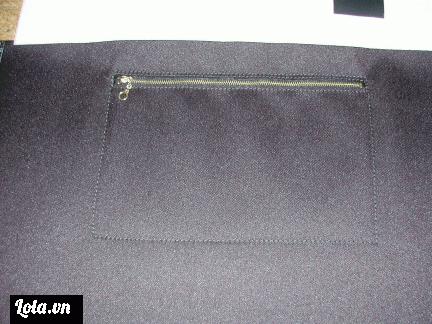 Tiếp theo là phần ruột túi, phần này thì tuỳ theo ý thích của mỗi cá nhân mà ta sẽ quyết định dùng da mỏng hoặc vải nhé. Phần ruột túi của phukienthoitrang168.com trong bài này được làm bằng vải thô dày.