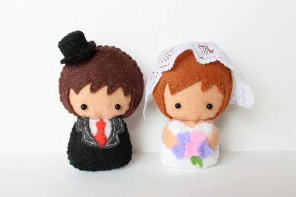 Cặp cô dâu & chú rể vải nỉ