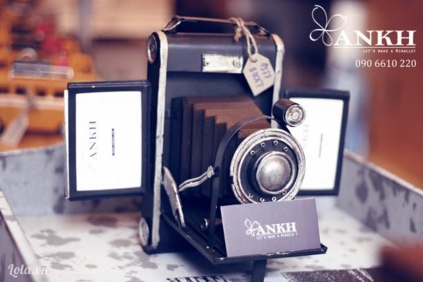 Khung hình đôi - camera cổ điển handmade