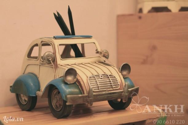 Mô hình xe hơi cắm viết