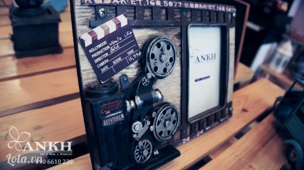 Khung hình máy quay phim cổ điển - handmade