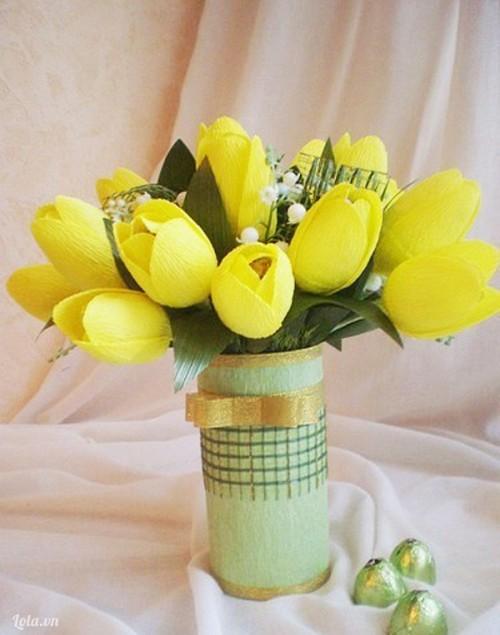 Hướng dẫn làm hoa Tuylip giấy nhún đơn giản