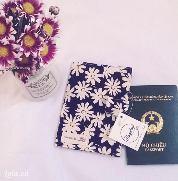 Ví ngăn passport họa tiết hoa cúc
