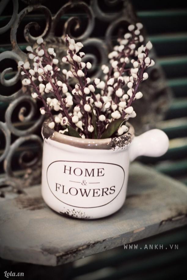 Ly hoa đào trang trí