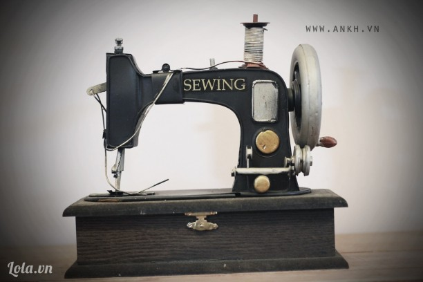 Mô hình máy may cổ vintage - handmade