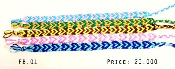 Vòng tay handmade Friendship Bracelet