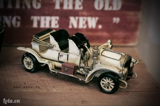 Mô hình xe Rolls Royce cổ điển - handmade