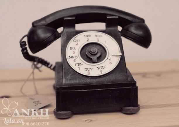Mô hình trang trí phong cách cổ điển - điện thoại cổ