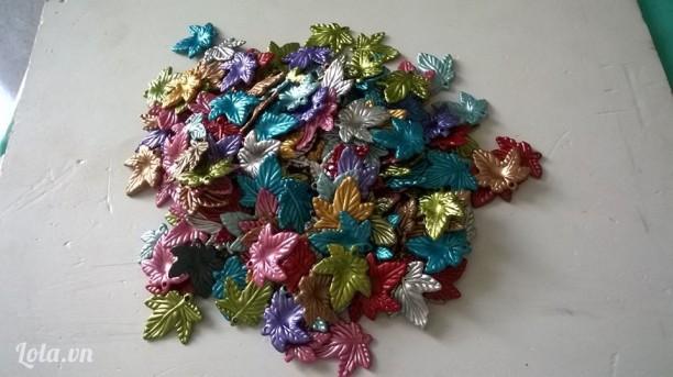 Lá nhựa handmade