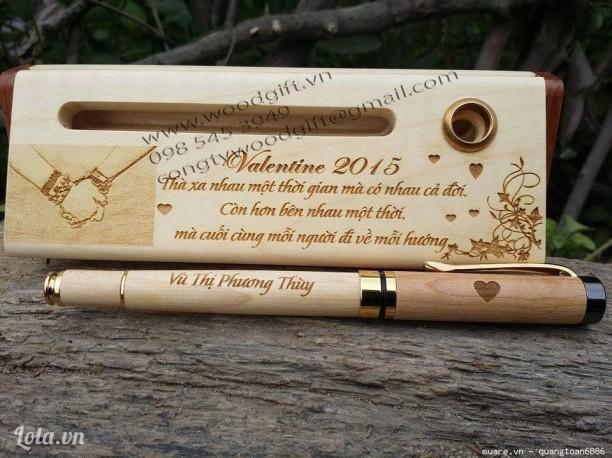 Bút gỗ quà tặng doanh nghiệp, khắc tên,logo theo yêu cầu