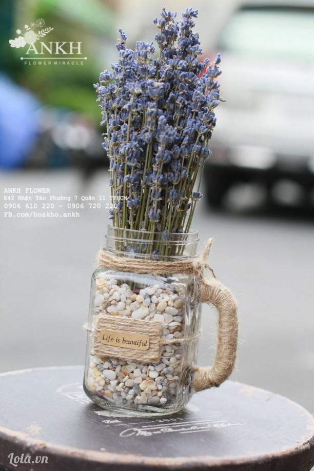 Lọ hoa Lavender cổ điển
