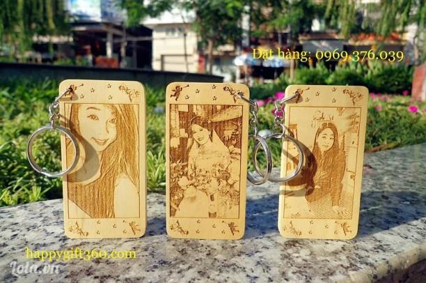 Móc khóa khắc chân dung tại Bình Thạnh
