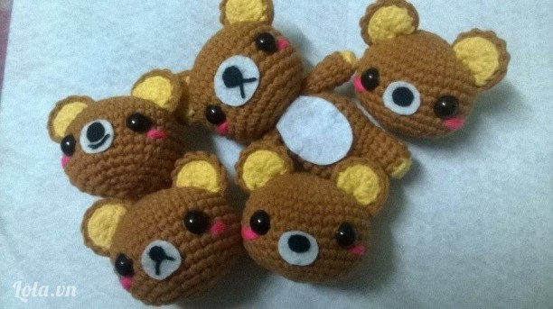 Móc khóa gấu Rilakkuma amigurumi handmade từ len