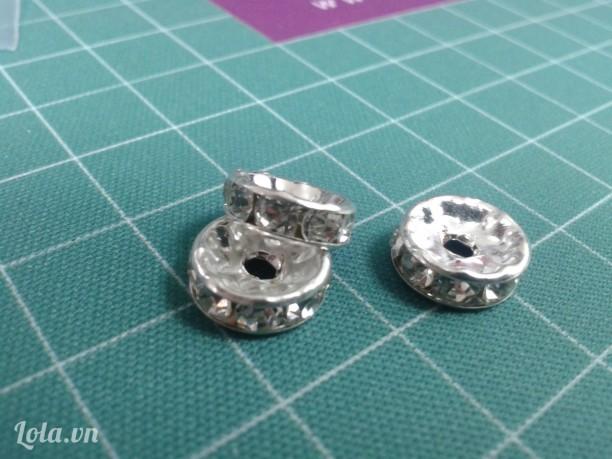 Vòng đệm,vòng charm đính đá trang trí màu bạc sáng,10mm &12mm.