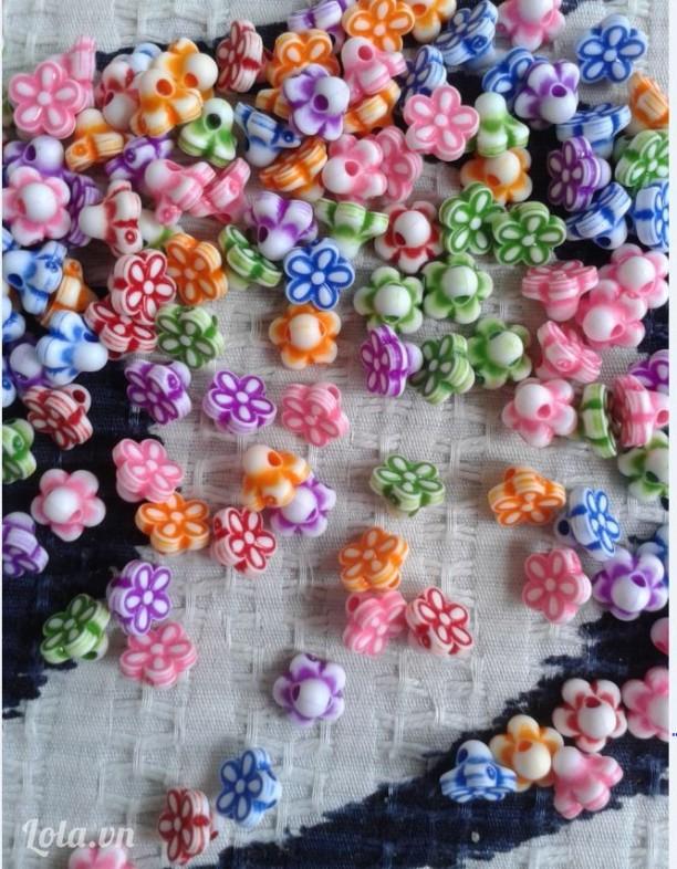 Hạt hoa 5 cánh nhỏ 7mm  có  lỗ xỏ đủ màu