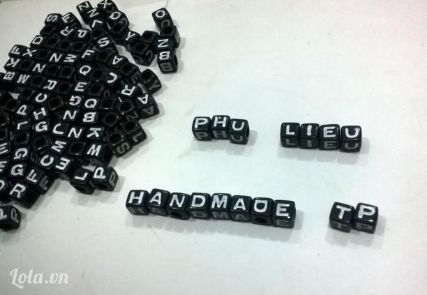 Hạt chữ nhựa