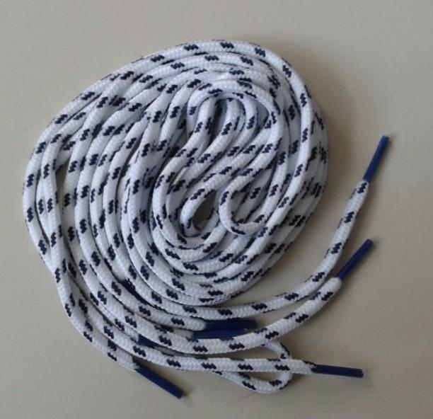 dây luồn có  bấm nhựa 2 đầu