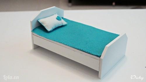 Giường mini từ bìa mô hình