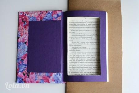 Dùng dạo cắt giấy lần lượt cắt sách như hình, để cắt nhanh và đẹp thì bạn lần lượt chia các lớp ra  để cắt cho dễ