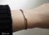 Làm vòng tay đơn giản với một sợi dây