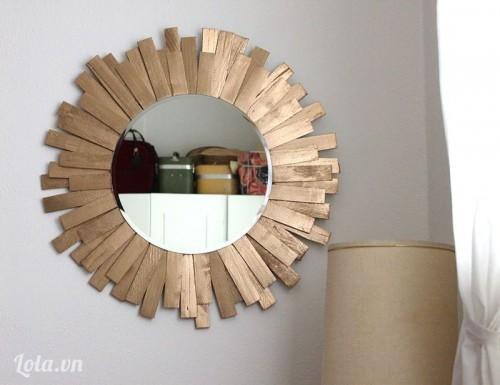 Làm gương treo cho phòng khách thật ấn tượng
