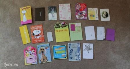 Lựa chọn các card mà bạn ưng ý và cắt tỉa các giấy cho gọn (nếu cần)