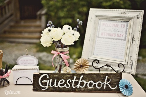 Chọn sổ ký tên ấn tượng cho ngày cưới