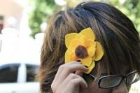 Các bạn cũng có thể dùng để làm hoa cài tóc cũng xinh lắm nè.