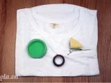 Sơn hoạt tiết lên áo thun thật đơn giản