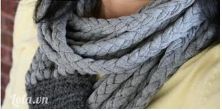 Và cuối cùng khăn choàng cổ của bạn sẽ đẹp như thế này nè