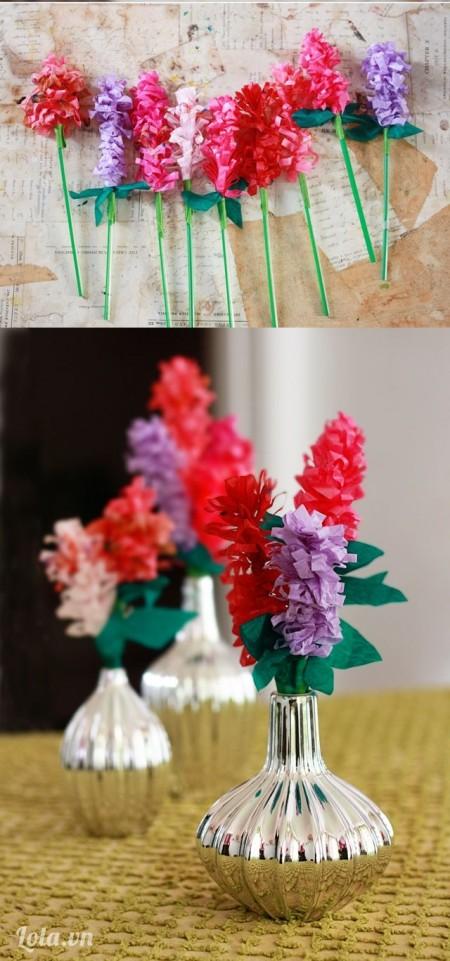 Bạn làm thật nhiều màu nha vì hoa càng nhiều màu chậu hoa càng đẹp nhé