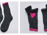 Găng tay đáng yêu từ đôi tất cũ